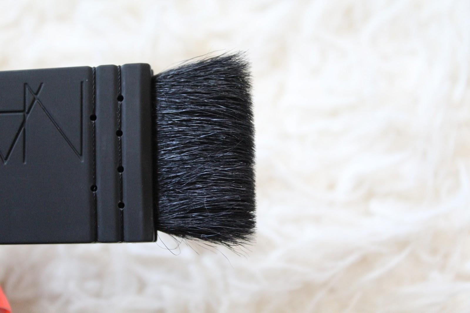 Nars Kabuki Artisan Brush No. 21