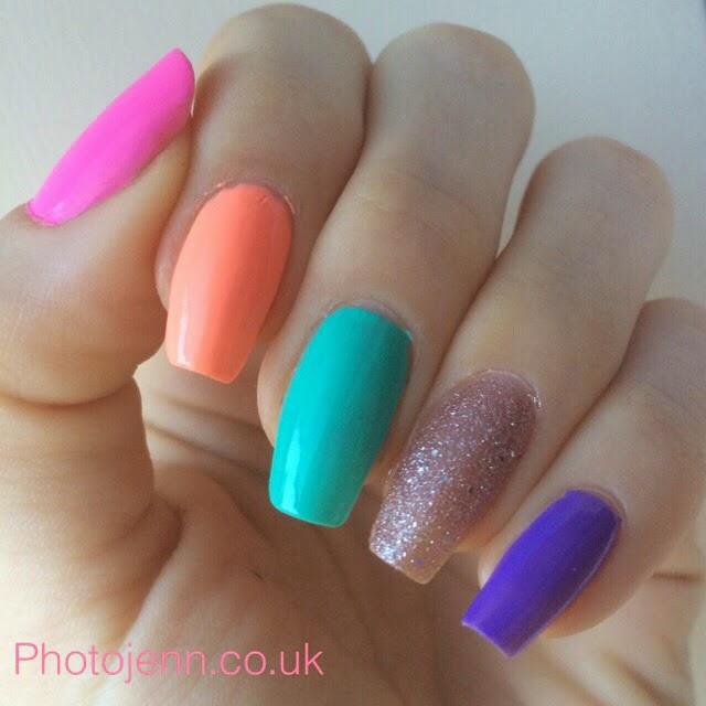 spring-nails-multi-coloured-glitter-sun-hat-beach-bag-greenberry-purple-glare-trilliant