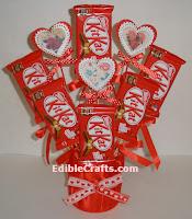http://ediblecraftsonline.com/candy_bouquets/cb56/index.htm