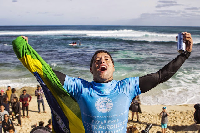 0 Adriano de Souza Drug Aware Margaret River Pro WSL Kelly Cestari