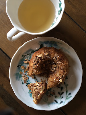 banana bundt tea cake