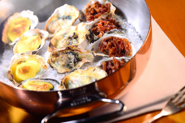 gratin d'huîtres au fromage bleu, à la crème, ciboulette, sans gluten, cuisine norvège