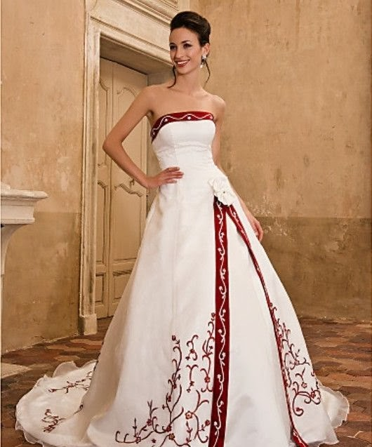 Winter wedding dresses on a budget for Dresses to wear to a christmas wedding