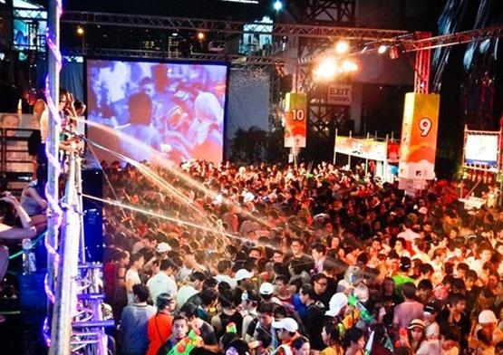 「Thai Songkran RCA」の画像検索結果