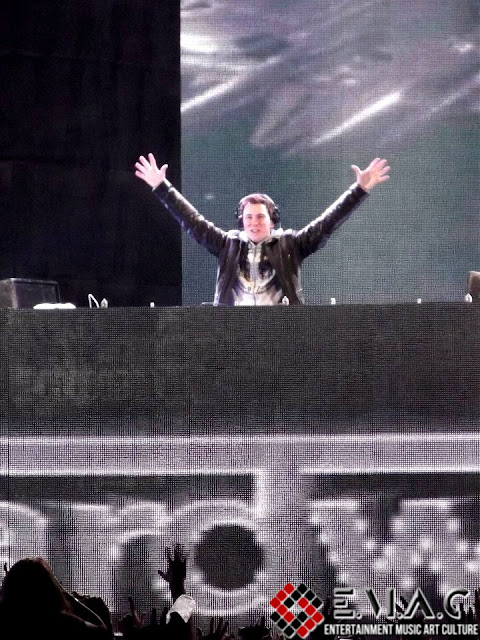 Hardwell Six Flags