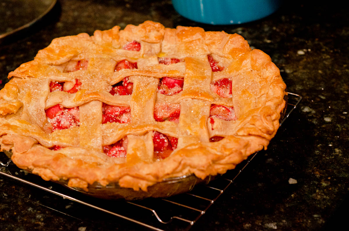 misallocation of resources: ROTW Week 26, Strawberry Rhubarb Pie