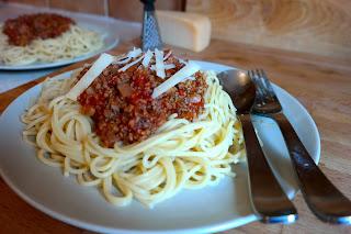 http://gitmallina.blogspot.com/2014/09/spaghetti-alla-bolognese.html