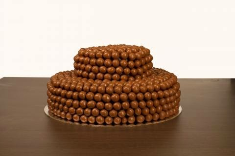 كيكة المالتيزرز بالشوكولاتة