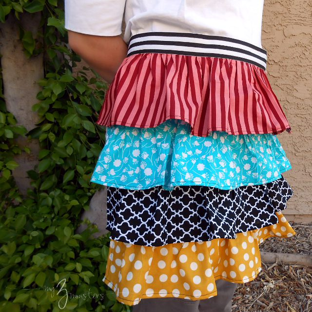 Ruffled Apron Tutorial at my3monsters.com