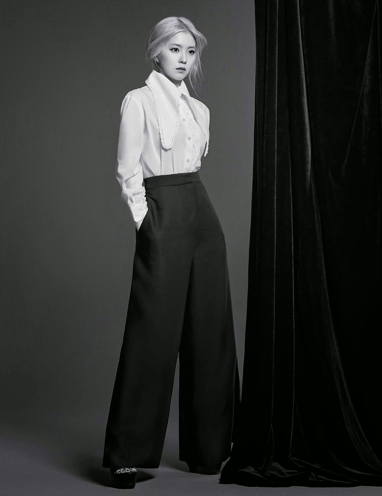 Red Velvet Irene Harper's Bazaar May 2015
