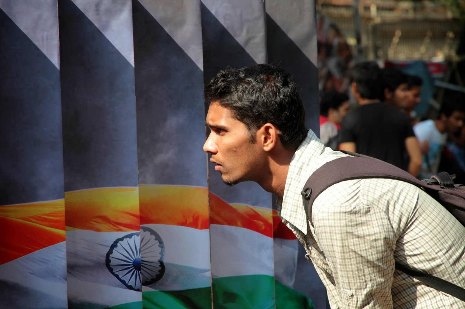 kala ghoda, mumbai, arts festival, india, indian flag, viewer