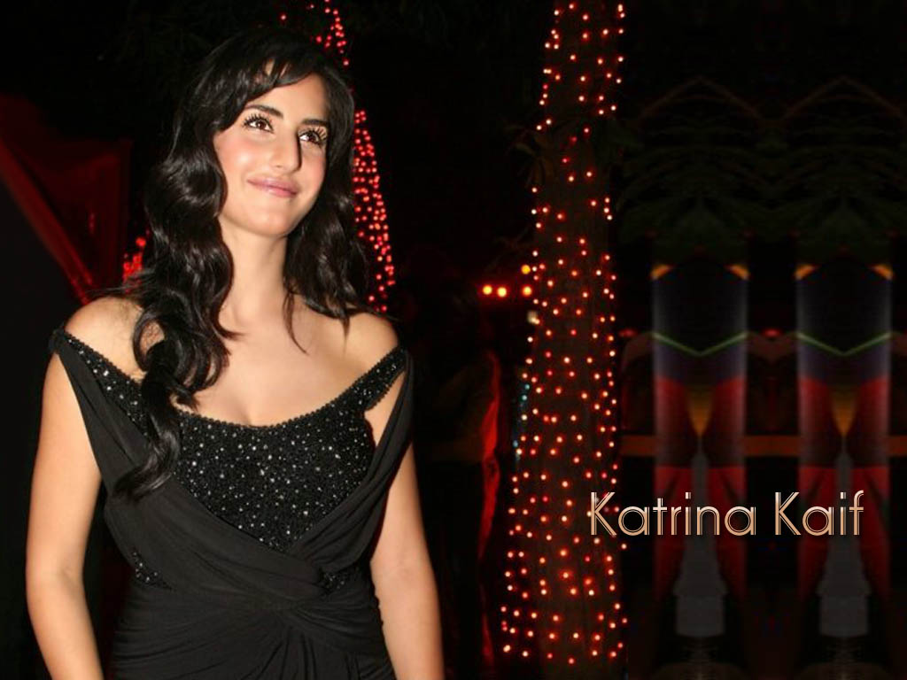Style Katrina Kaif In Black Dress