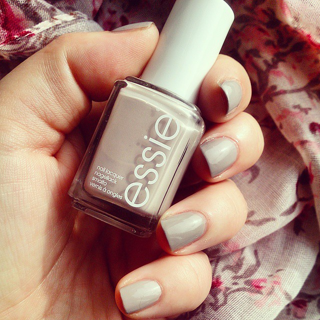 Essie, Swatch, Take It Outside, Review, Nude, Polish, NBloggers