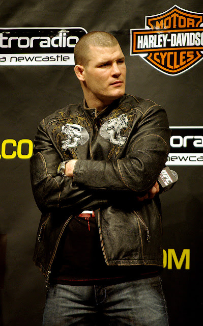 ufc mma middleweight fighter michael bisping picture image