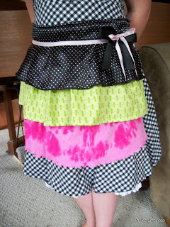 ruffled apron tutorial