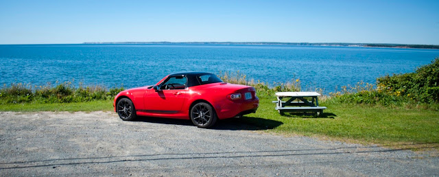 2013 Mazda MX-5 GS PRHT top up