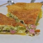 Quiche au brocolis et aux lardons (voir la recette)