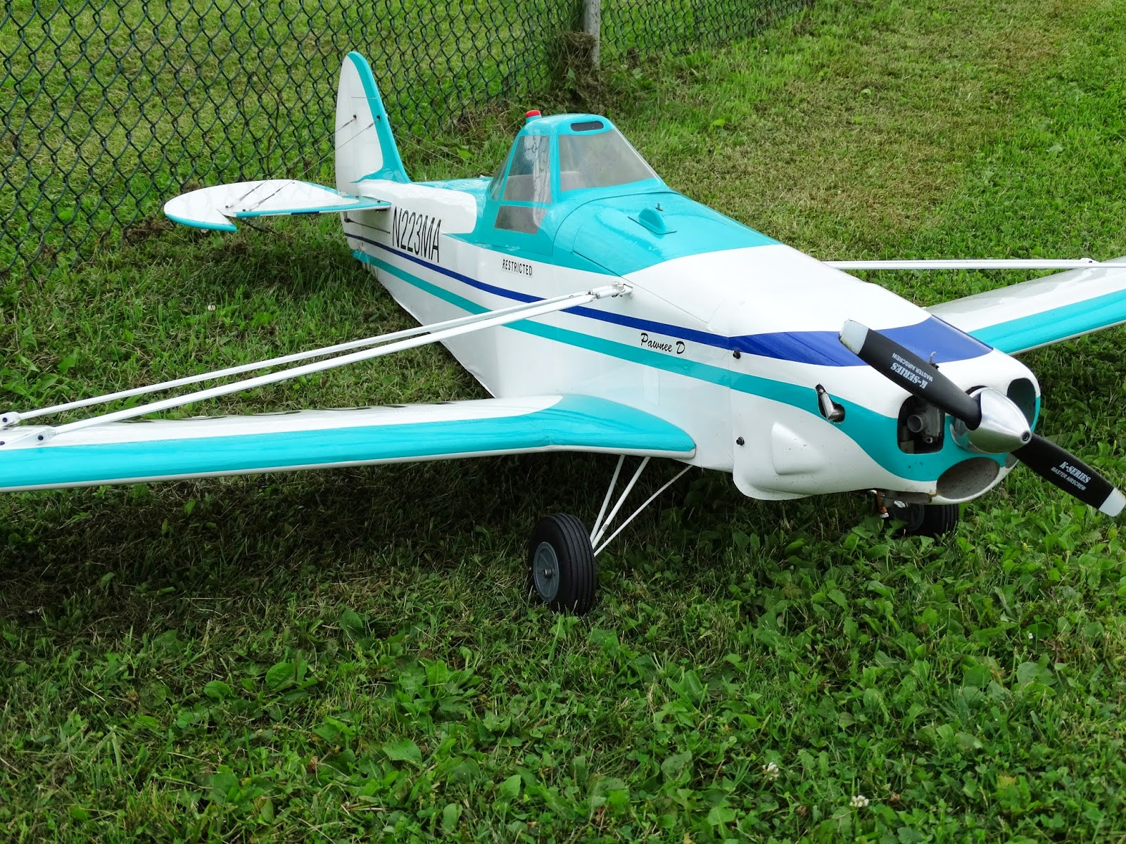 Dunrobin Rc Flyers 2014 New To Planes Need Some Guidance Rcpowerscom Check Out The Videos For Picnic