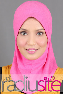 qaaisara l simple & nice hijab: April 2012