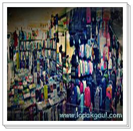 buku dan tas