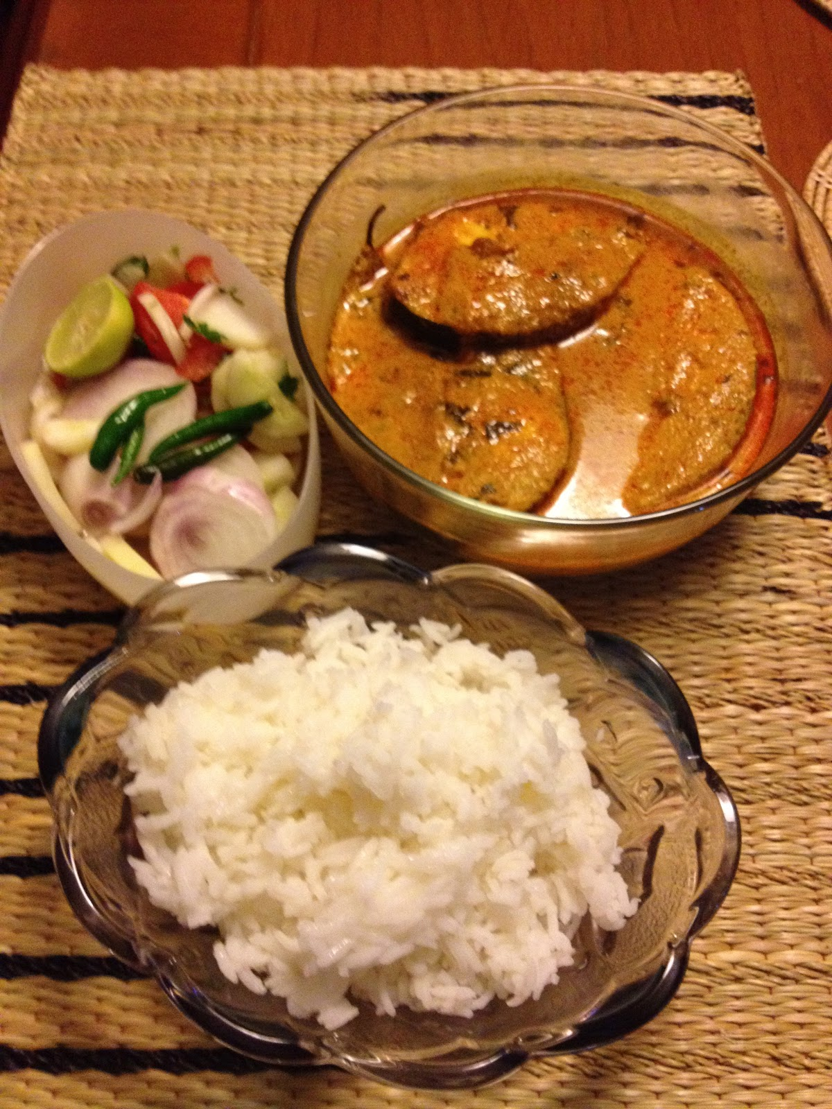 how to cook fish curry in indian style in hindi