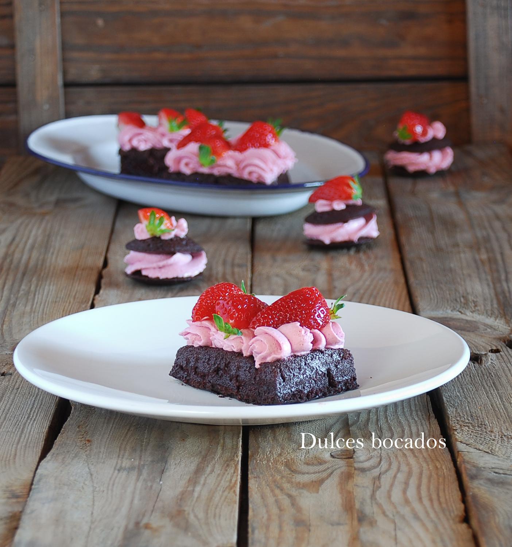 Gofres de chocolate y fresas (receta PKU) - Dulces bocados