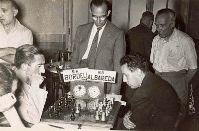 Partida de ajedrez Miquel Albareda contra Román Bordell, La Pobla de Lillet 1958
