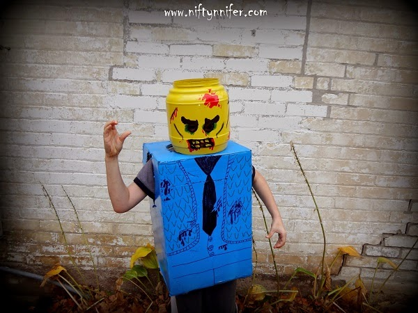 Halloween Costume Idea ~Zombie Lego Man http://www.niftynnifer.com/2014/10/halloween-costume-idea-zombie-lego-man.html