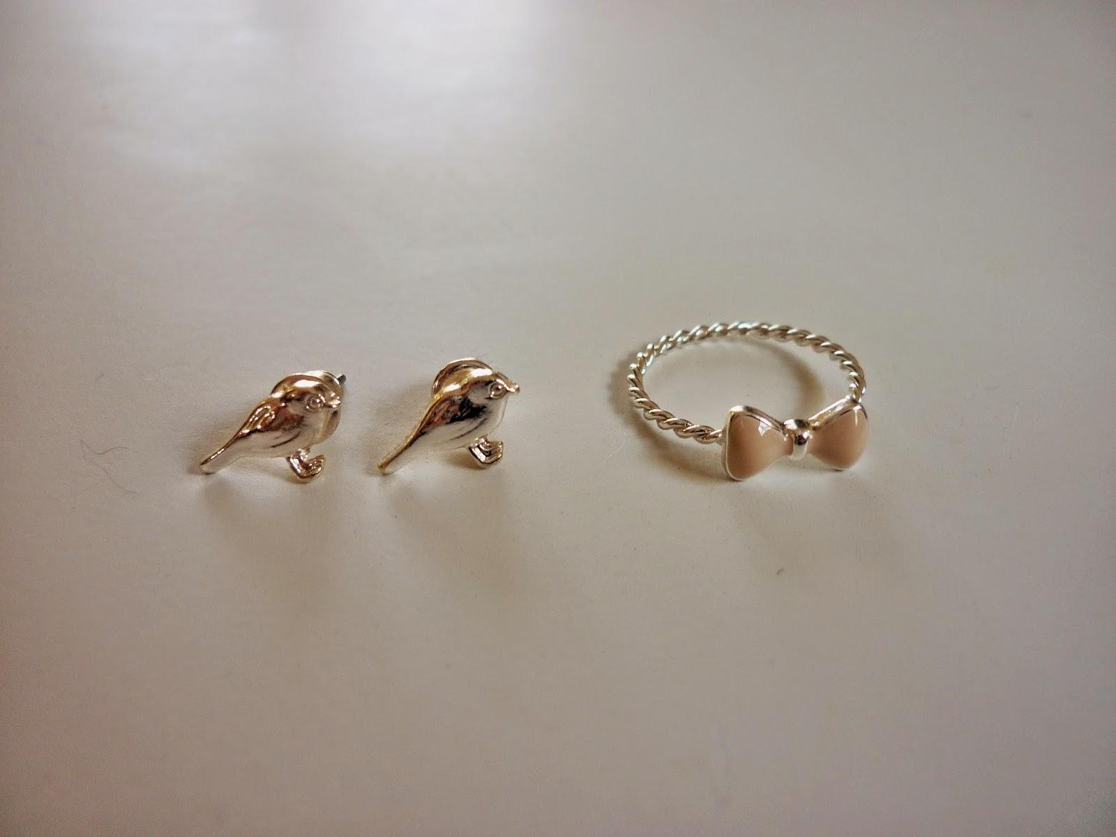 Shopping accessoire bijoux boucles oiseaux et bague noeud SIXT