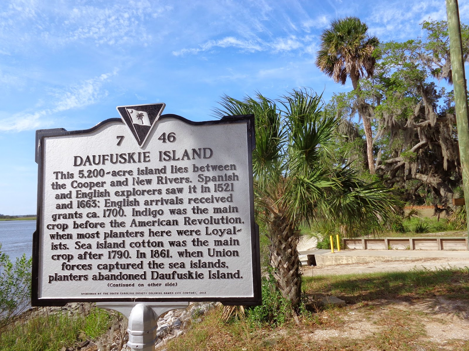 daufuskie island See the homes available on daufuskie island, including a breathtaking, traditional charleston-style home, a first row home with views of the calibogue sound and the harbourtown lighthouse.