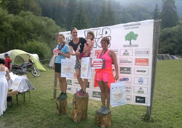 Florin Chindea, maseur la Runsilvania Wild Race 2015. Masaj din Timişoara la Răchiţele. Diana Amza şi Ana pe Podium