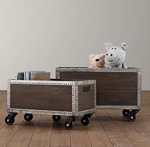 adventures of the blake home hudson 39 s grandpa papa toy chest makeover. Black Bedroom Furniture Sets. Home Design Ideas