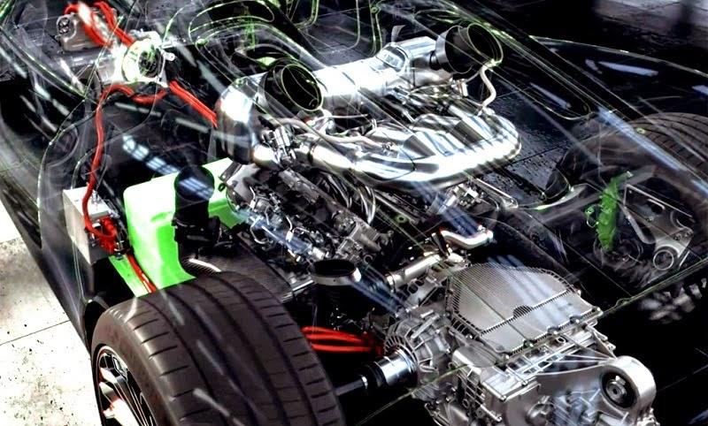 Porsche 918 Spyder Engine
