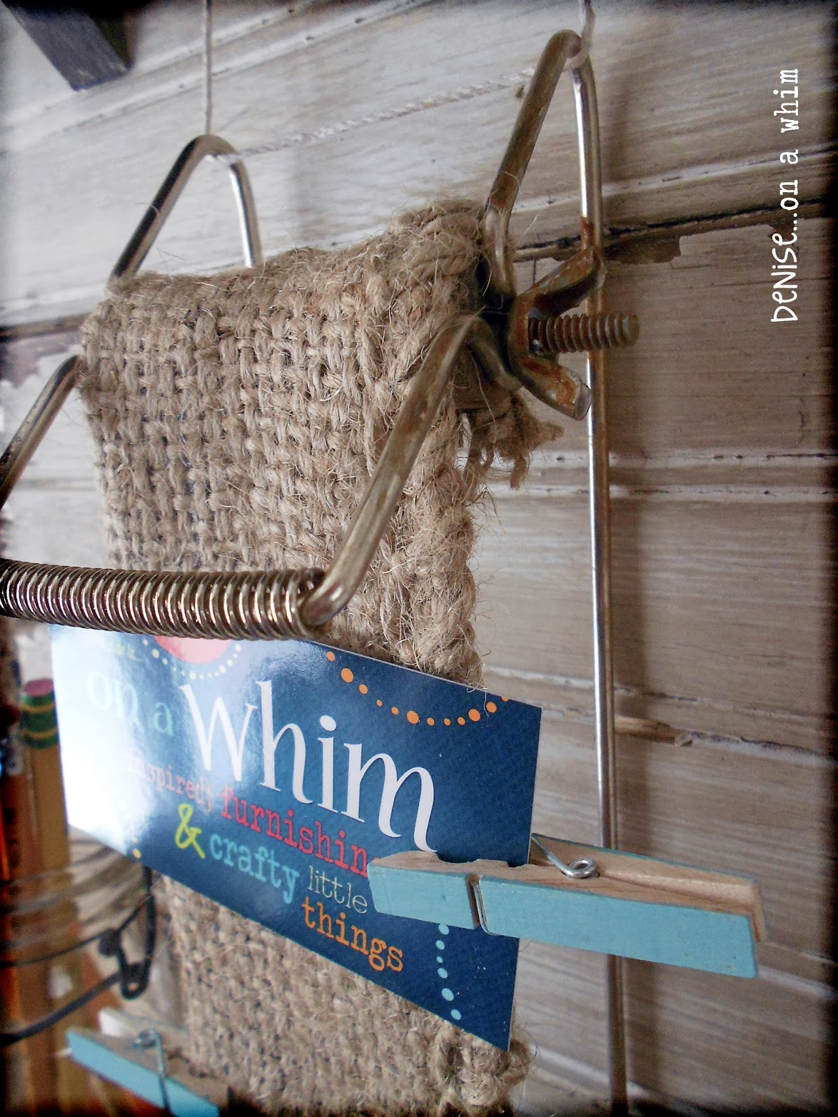 Repurposed Metal Find as a MIni Memo Board via http://deniseonawhim.blogspot.com