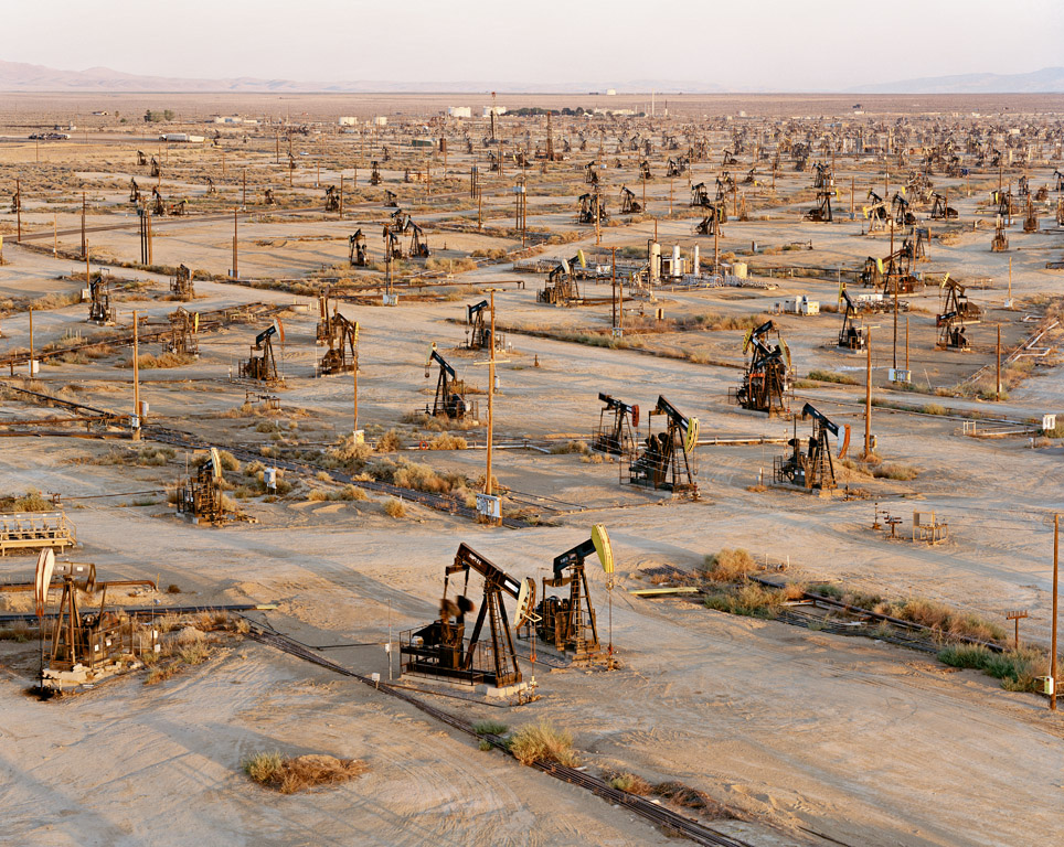 Burtynsky Oil Fields Edward Burtynsky 39 s Oil