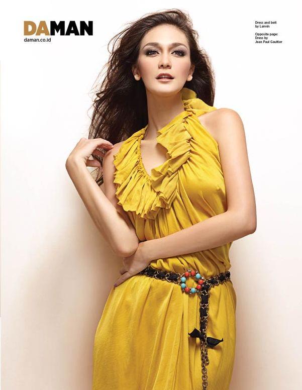 Marcella Zhafira Model Cantik Dengan Pose Yang Menggoda Pic 6 of 35