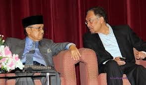 YTH Bapak B.J. Habibie, Mantan Presiden Republik Indonesia dan Dato' Seri Anwar Ibrahim
