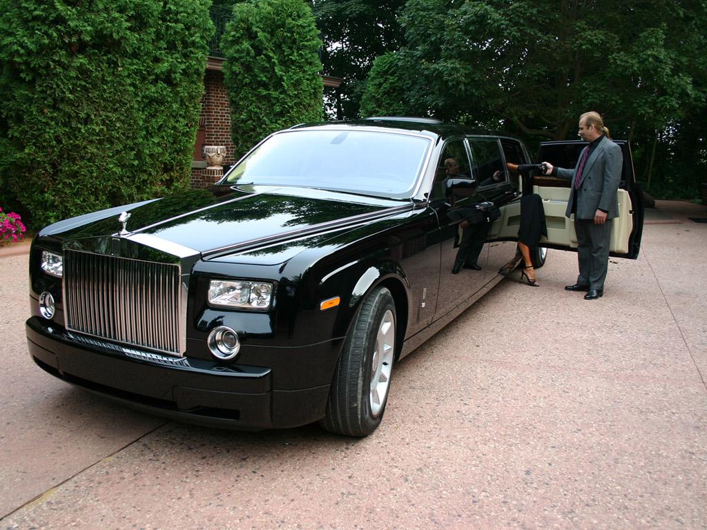 Uber Black Cars List >> Cars Showroom: Rolls Royce