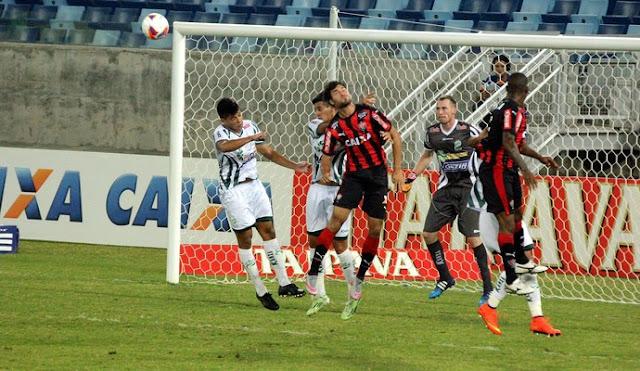 Vitória derrota o Luverdense em Cuiabá e mantém liderança