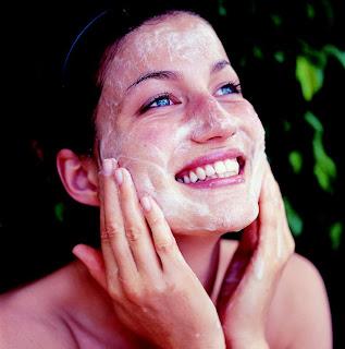 Piel limpia y clara sin acné gracias a Proactiv