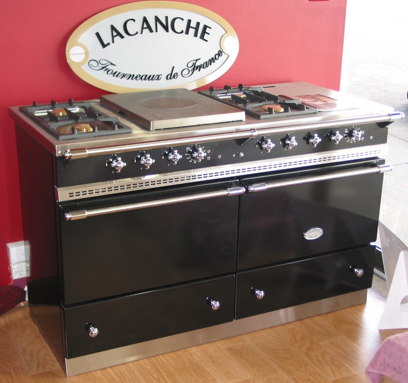 Our French Inspired Home: Our French Inspired Kitchen: Selecting A Range