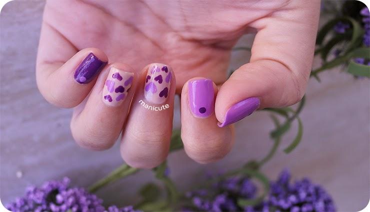 como hacer corazones en las uñas