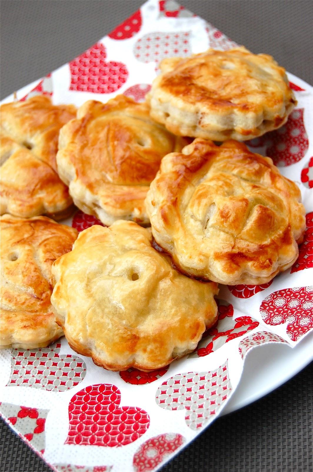 parts de plaisir mini chaussons au nutella et pommes caram 233 lis 233 es 224 l orange et 224 la vanille