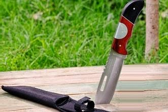 Buy Trekking Knife at Flat 50 % Off and Rs.100 Off at Groupon: Buytoearn