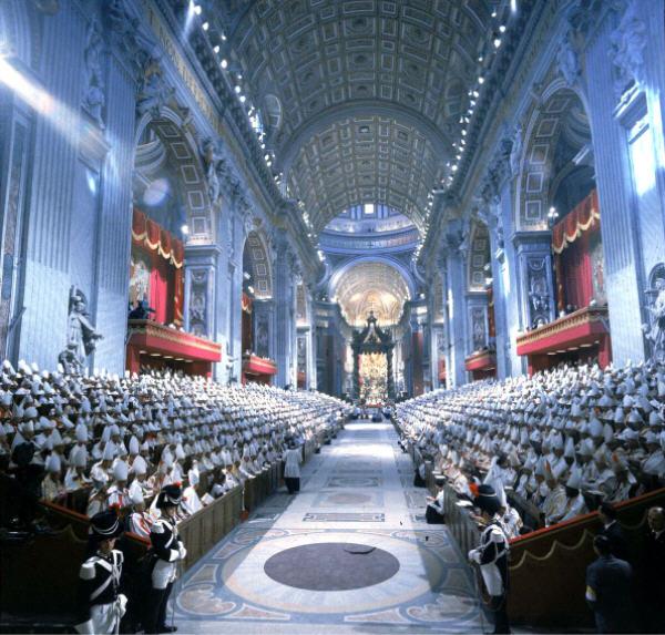 La onda larga del Vaticano II: Por un nuevo posconcilio (Spanish Edition)