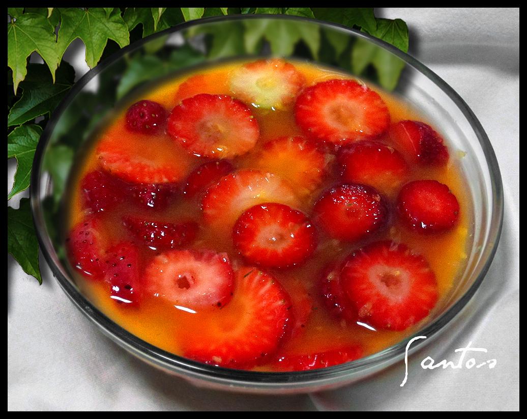 Las tentaciones de los santos fresas con zumo de naranja - Como hacer zumo de fresa ...