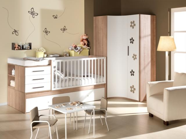Los muebles de la habitaci n del beb un convertible el - Habitacion convertible bebe ...
