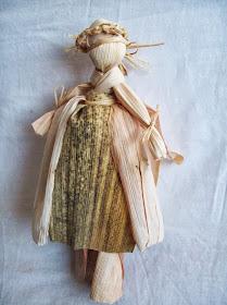Kako napraviti lutku od komušine?
