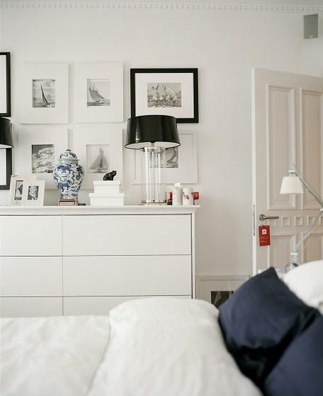 Nice white bedroom for Ideas para decorar un piso antiguo