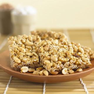 กระยาสารท_Crispy Cereal Bars _かりかりのシリアルスティック